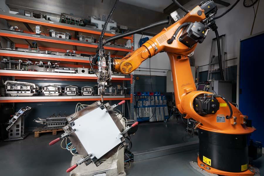 Elektroindustrie-Produktion von Deinzermetall aus Nürnberg